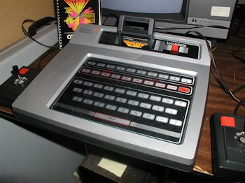 Magnavox Odyssey2 console.