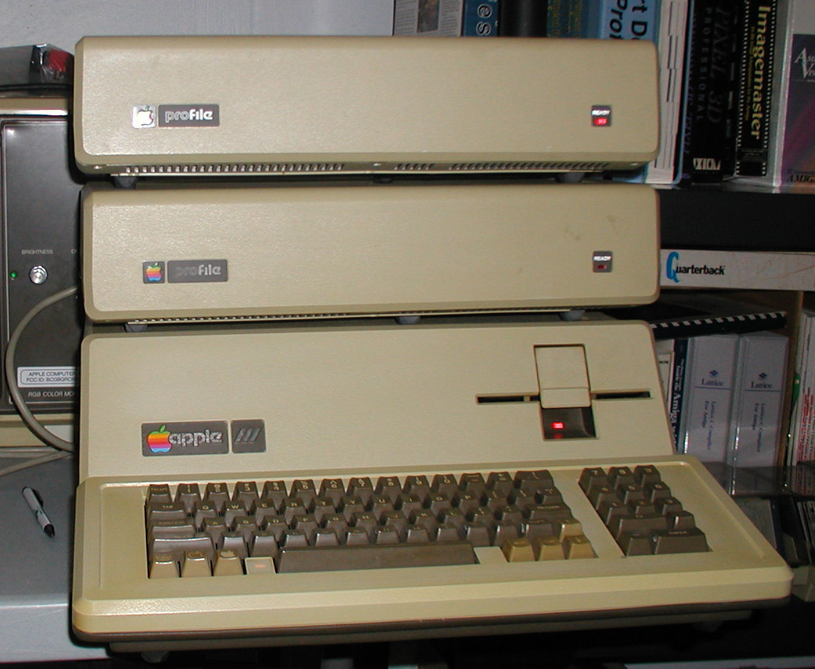 Apple III Plus